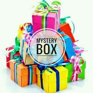 """""""Not So Mystery"""" Mystery Box"""